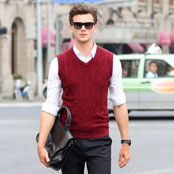 2017 New Autumn Winter Cashmere Classic argyle Sweater vest Men Sleeveless Sweaters Solid Color V-Neck Wool Pullovers