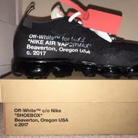 OFF-WHITE x Nike Vapormax size 9 **Deadstock** Brand New, Boxed.