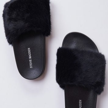 Steve Madden ~ Softey Slides ~ Black