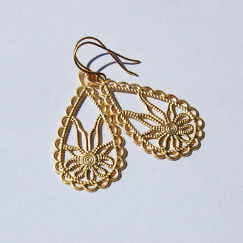 Lotus Blossom Earrings in Gold or Silver, gift, mom, sister, friend, anniversary gift, wedding jewelry, bridesmaid gift, fall fashion