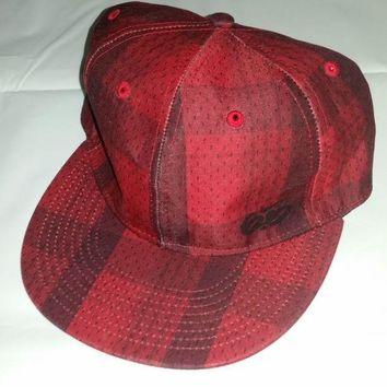 ESBONG6 Nike 6.0 Hat Cap Stretch Fit Size XL Red Black Plaid Skateboard Embroidered