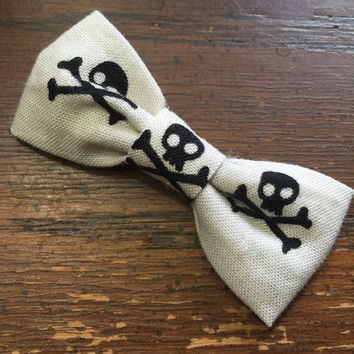 Skull and Crossbones Hair Bow