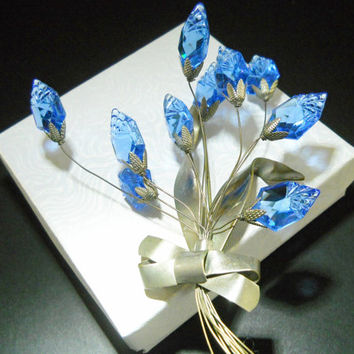 Molded Blue Glass Brooch Trembler Flower Vintage 5 Inches