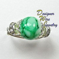 DWJ0162 Czech Glass Green & White Solitaire Wire Wrap Ring All Sizes