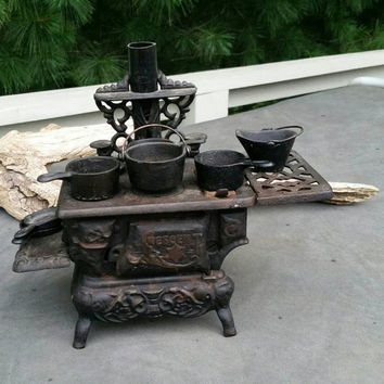Crescent Cast Iron Stove Salesman Sample Made in USA with Cookware