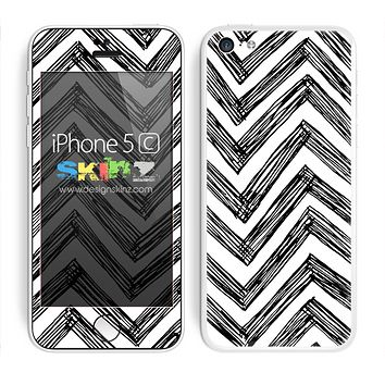 Sketchy Chevron Black and White Skin For The iPhone 5c