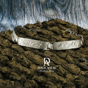 Egyptian Nameplate Bracelet, White Gold Plated, Silver, Personalized Name in English & Arabic Engraved Letters, 3 Name, Slim, BR012A