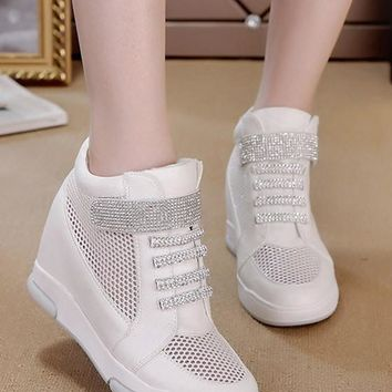 White Grenadine Patchwork Within The Higher Rhinestone Casual Shoes