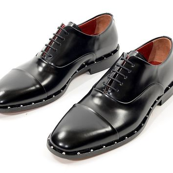 Studded Cap Toe Oxford - Black