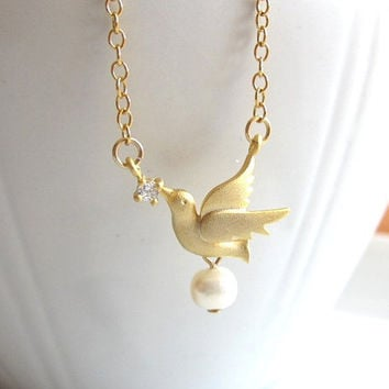 Matte Gold Bird with Rhinestone and Pearl Necklace by Yameyu