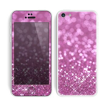 The Pink Unfocused Glimmer Skin for the Apple iPhone 5c