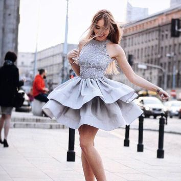 Grey Halter Lace Sleeveless Short Homecoming Dress