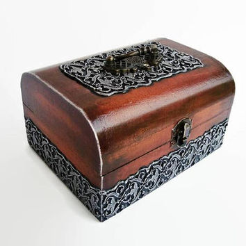 Jewelry box, Jewelry Chest, Treasure box, Wood Metal, Trinket Box, Wooden box, Wooden case, Treasure chest,  Wood and silver, Gift box