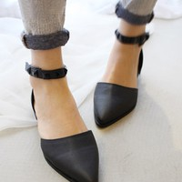 Black Point Flat Shoes | Choies