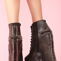 Damsel Cross Spike Boot