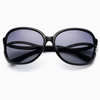 Chic Bow Embellished Hollow Out Brim Sunglasses For Women