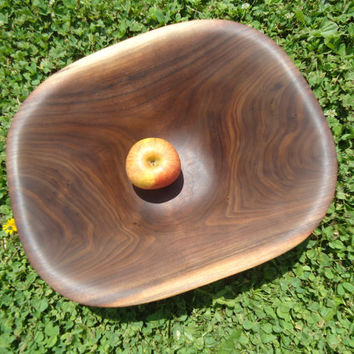 Black walnut salad bowl - Wood bowl - Wooden bowl - Wedding gift - Hand carved bowl - Rustic decor - Gifts for her - Wooden artwork - Gift
