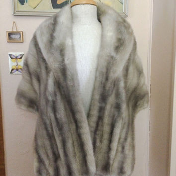 Luxurious Vintage silver gray white MINK FUR Stole Cape capelet mid century Wrap Wedding Bridal coat jacket hollywood glamour