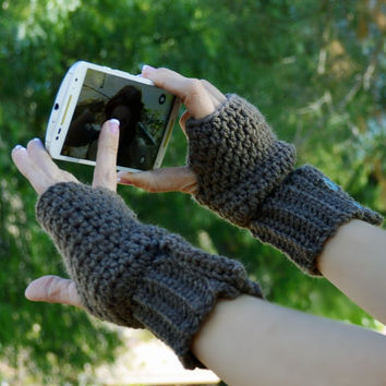 Crochet coco brown button arm warmers, wrist warmers, fingerless gloves, mittens, texting gloves