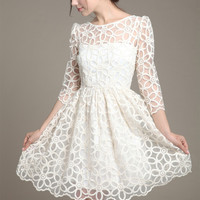 White Long Sleeve Flower Lace Dress