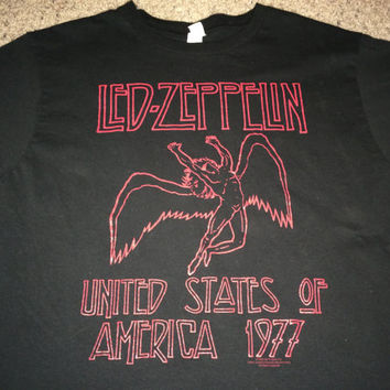 Sale!! Vintage LED ZEPPELIN United States of America 1977 T shirts metal band music tee
