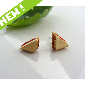 Peanut Butter & Jelly Sandwich Ear Studs Miniature by TheMenu