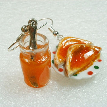 Toast and Jam earrings. Polymer clay.