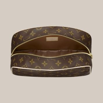 LOUISVUITTON.COM - Toiletry Bag 25 Monogram Canvas Travel