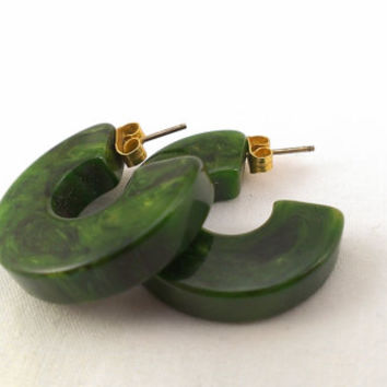 Green Bakelite Earrings Deep Emerald Swirled Marbeled Stud 1940s Post Pierced Jade MMC Mod Mid Century Holiday Gifts for Her Modern Woman