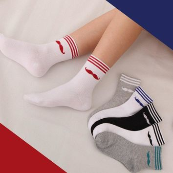 1 Pair Soft Cotton Women Sports Socks Outdoor Running Jogging Yoga Exercise Knee-high Socks