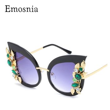 Emosnia Fashion Ladies Rhinestone Cat Eye sunglasses Women Designer Sexy Shade for Female Sun Glasses Luxury Black Pink Color