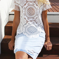 White Hollowed Cut Work Round-neck Short Sleeve T-shirt - Nextshe.com