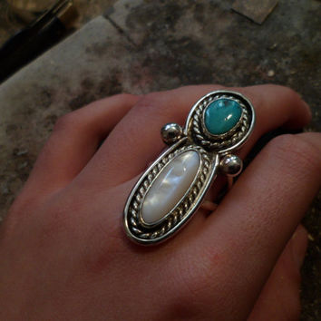 Authentic Navajo Native American Southwestern sterling silver vintage-traditional style mother of pearl and turquoise shadow box ring.