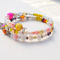 Pink yellow white bracelet gift set, silver charm, memory wire jewelry, beaded, gifts for her, butterfly tree charms, colorful handmade