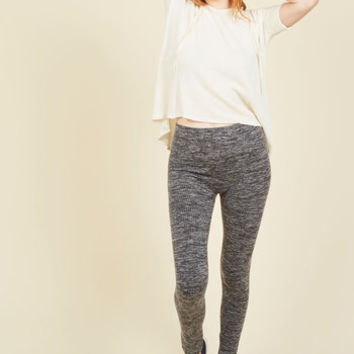Heed Your Warming Fleece-Lined Leggings in Charcoal | Mod Retro Vintage Pants | ModCloth.com