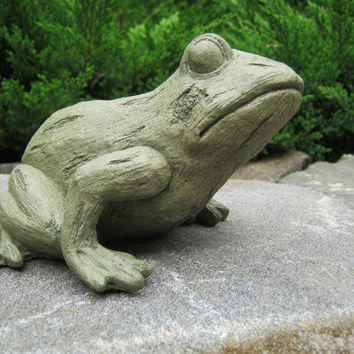 Frog Statue, Tree Frog