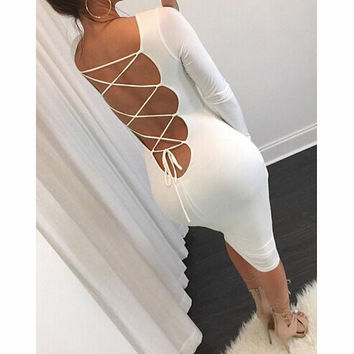 BACKLESS TIGHT LONG-SLEEVED DRESS
