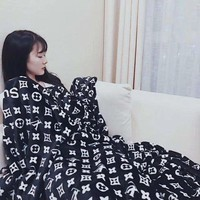DCCKHB0 LV X Supreme Conditioning Throw Blanket Quilt For Bedroom Living Rooms Sofa