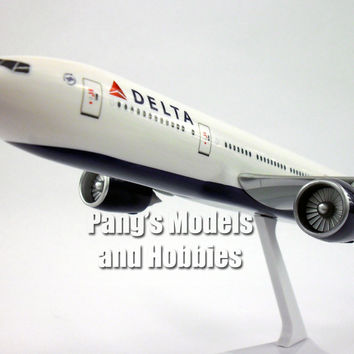 Boeing 777-200LR Delta 1/200 by Flight Miniatures