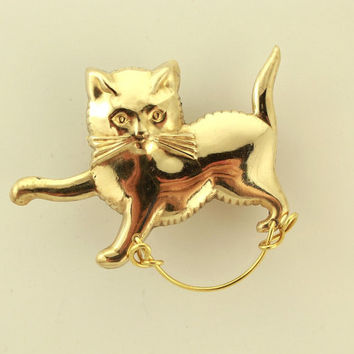 14 Karat Gold Plated Walking Cat Brass Magnetic Eyeglass Holder