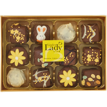 Luxury Daisy Chocolate Box 180g - New Home - Gifts - TK Maxx