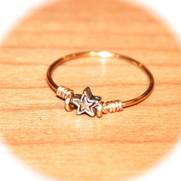 Midi Tiny Star Thin Rings Handmade - Metal Thin Ring -Knuckle Ring Gold Stacking Wire Ring Gold Thin Ring Minimalist Ring