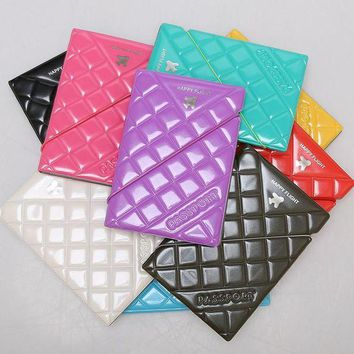 PEAPU3S 1pc PU Patent Leather Rhombus Design Passport Holder Passport Cover Documents Bag Travel Card Holder Case