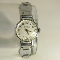 """Woman's watch, vintage USSR  .Russian watch, """"Chaika"""" 17 jewels, Mechanical watch, perfect vintage working condition"""