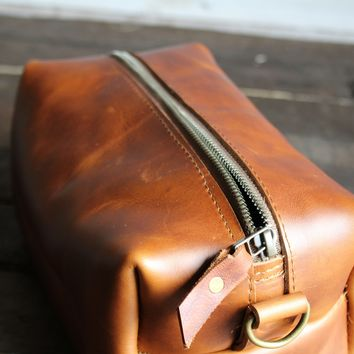 Leather Dopp Kit | Leather Travel Bag | Zipper Pouch