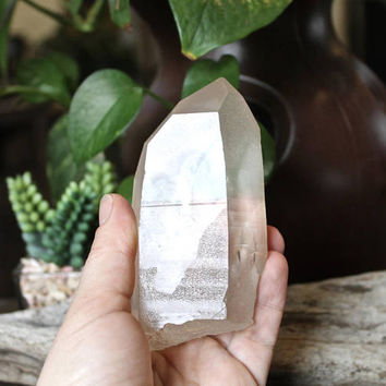 "4.25"" Quartz Crystal Point w/ Natural Rainbow Inclusion, Wiccan Altar Supplies, 323g Wicca Altar Supply, XL Natural Crystal Quartz Point"