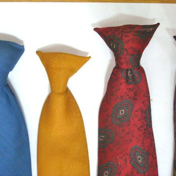 Vintage 1960s Mens Clip on Neck Ties Necktie Lot of Four