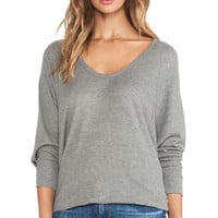 Feel the Piece Jackpot Top in Gray
