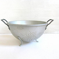 vintage Mirro Collander. Old Strainer w Star Pattern Punch Work. Handles and feet