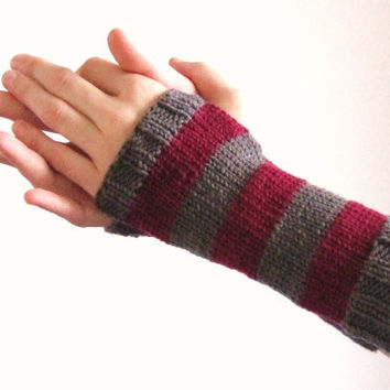 Hand knitted handwarmers red violet and grey